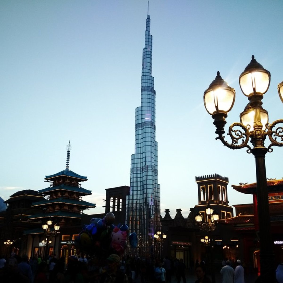 visiting-the-global-village-in-dubai