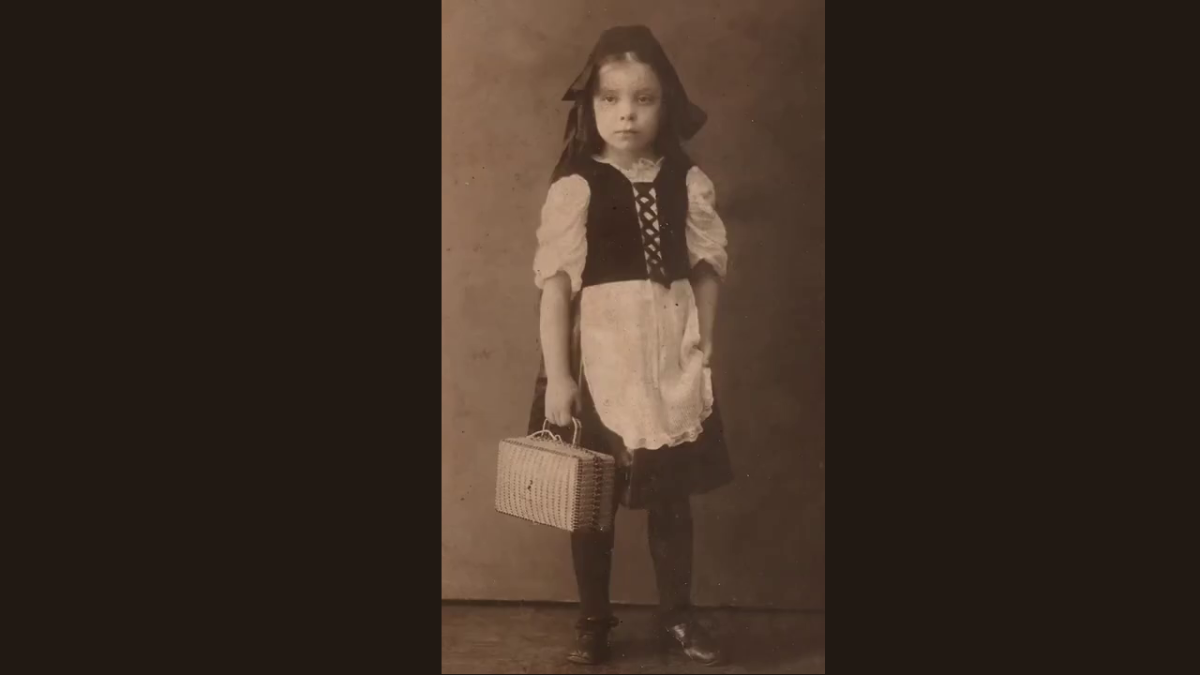 Marina Sсhafrova-Maroutaeva as a child. Screenshot from a recording of an online conference at the Russian House in Brussels