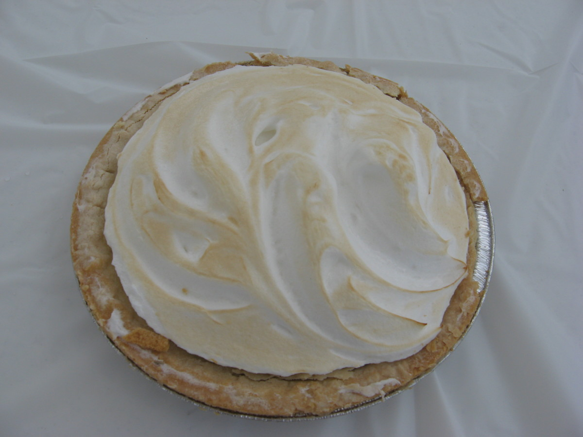 Conch Key Lime Pie includes a meringue topping.