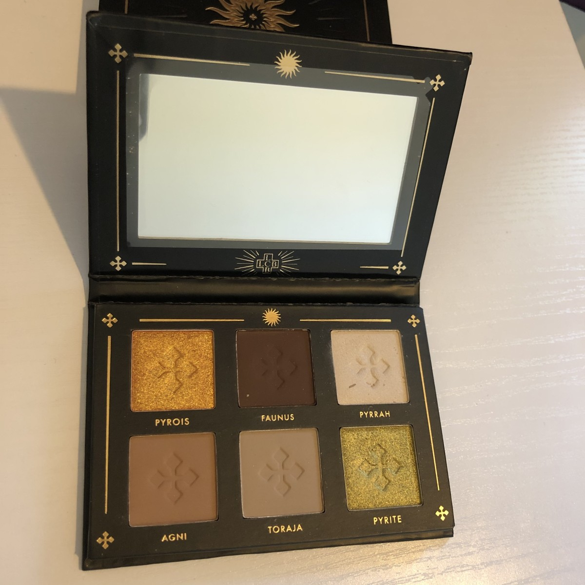 lovecraft-beauty-warm-rituals-eyeshadow-palette-review