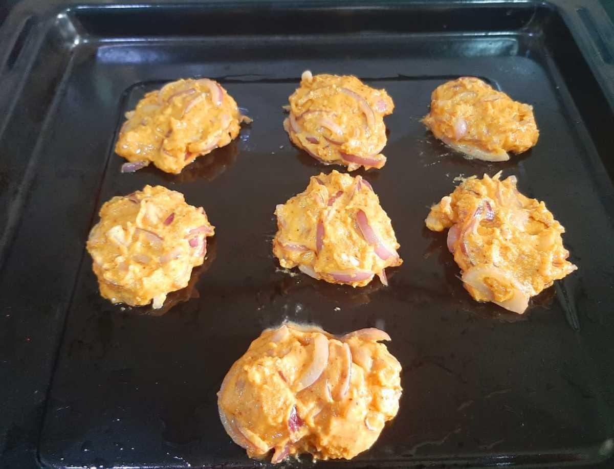 Step 7: Shape the pakoras like small patties on the baking sheet.