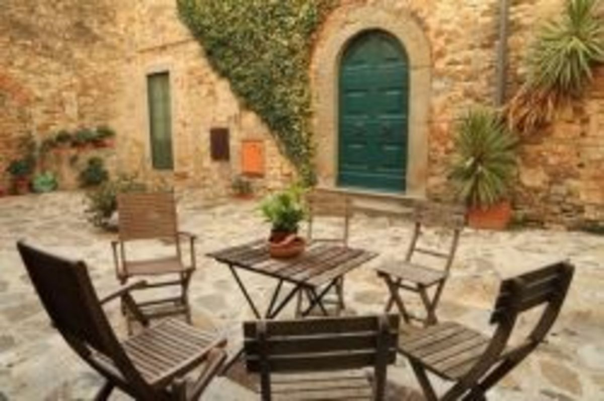 traditional-tuscan-patio
