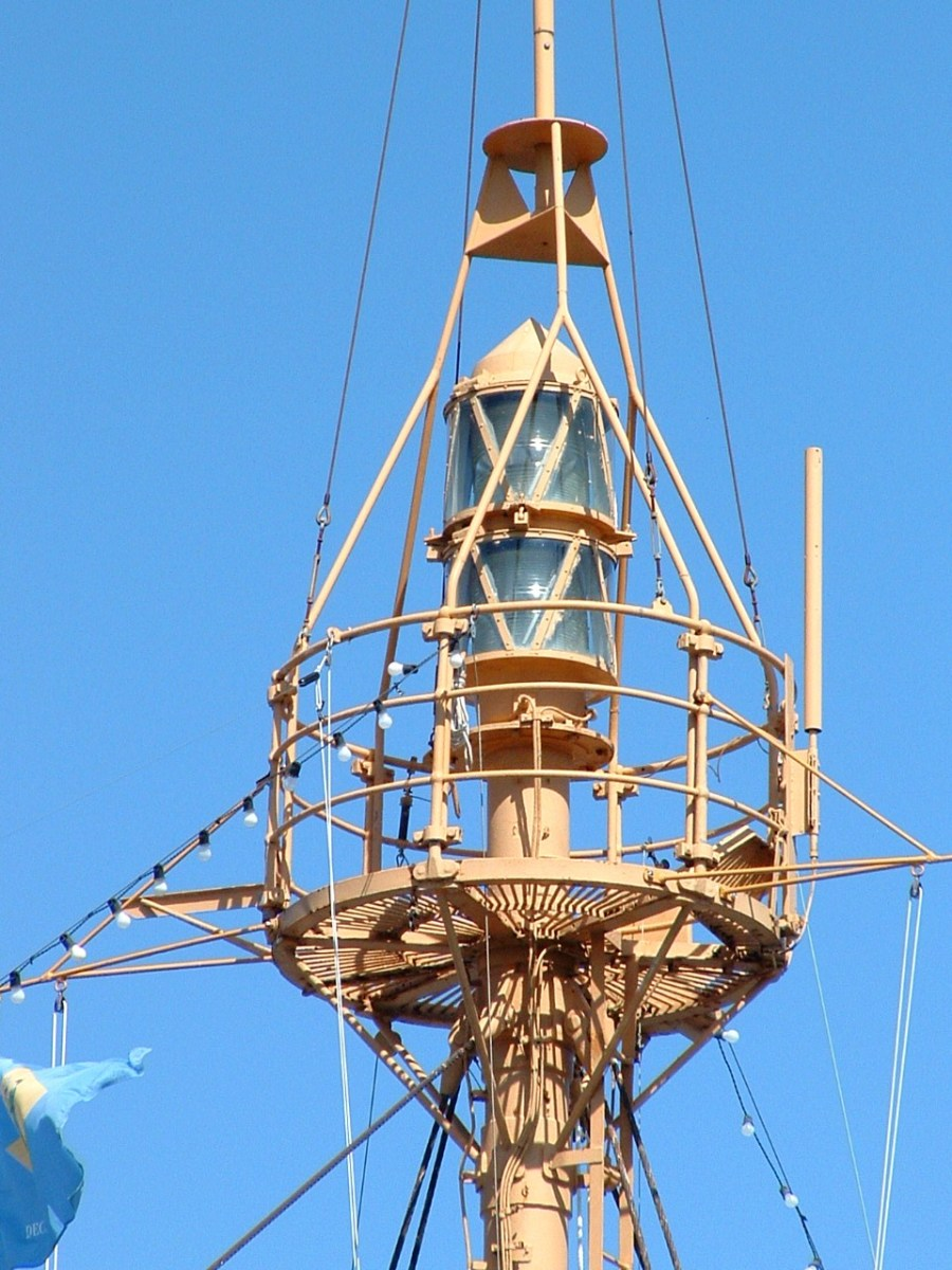 Close-up of the beacon of light on top of the lightship's mast.