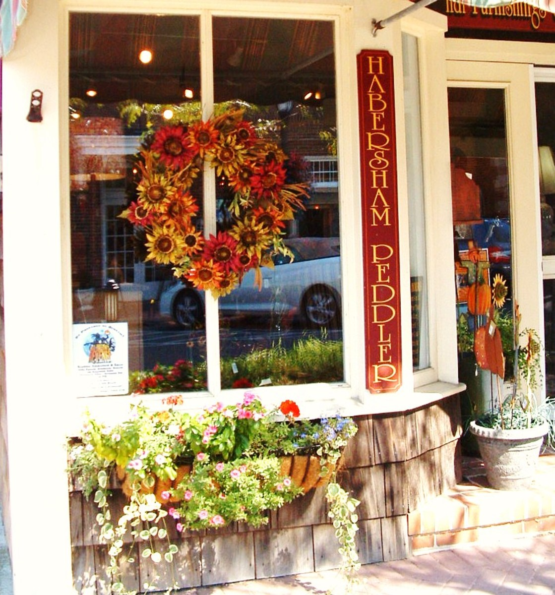 Habersham Peddlers Interiors sells fine furniture, gifts and finishing touches.
