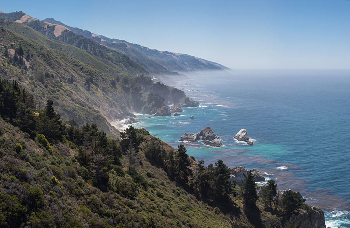 This photo, which shows the vast, wild landscape of California's Big Sur, was taken by Diliff and is a featured photo on Wikimedia Commons.
