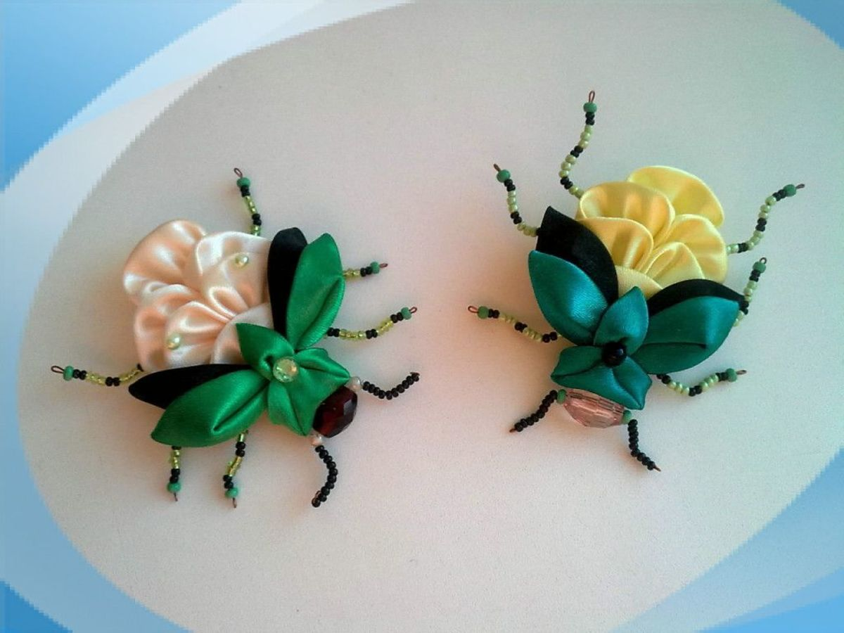 These and other ribbons crafts