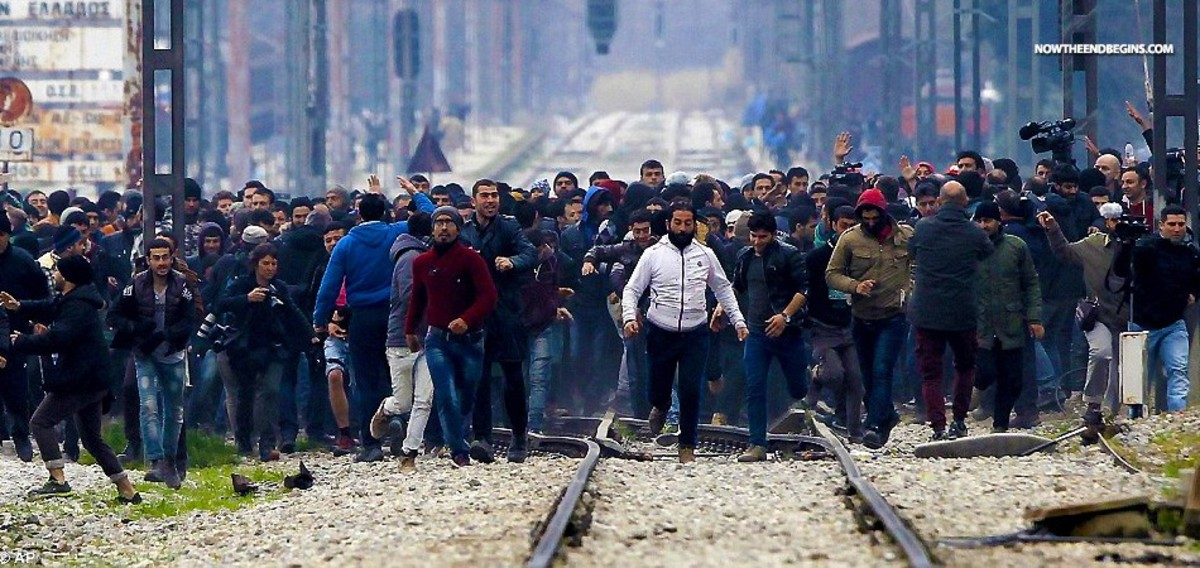 muslim-exodus-to-europe-is-it-the-second-invasion
