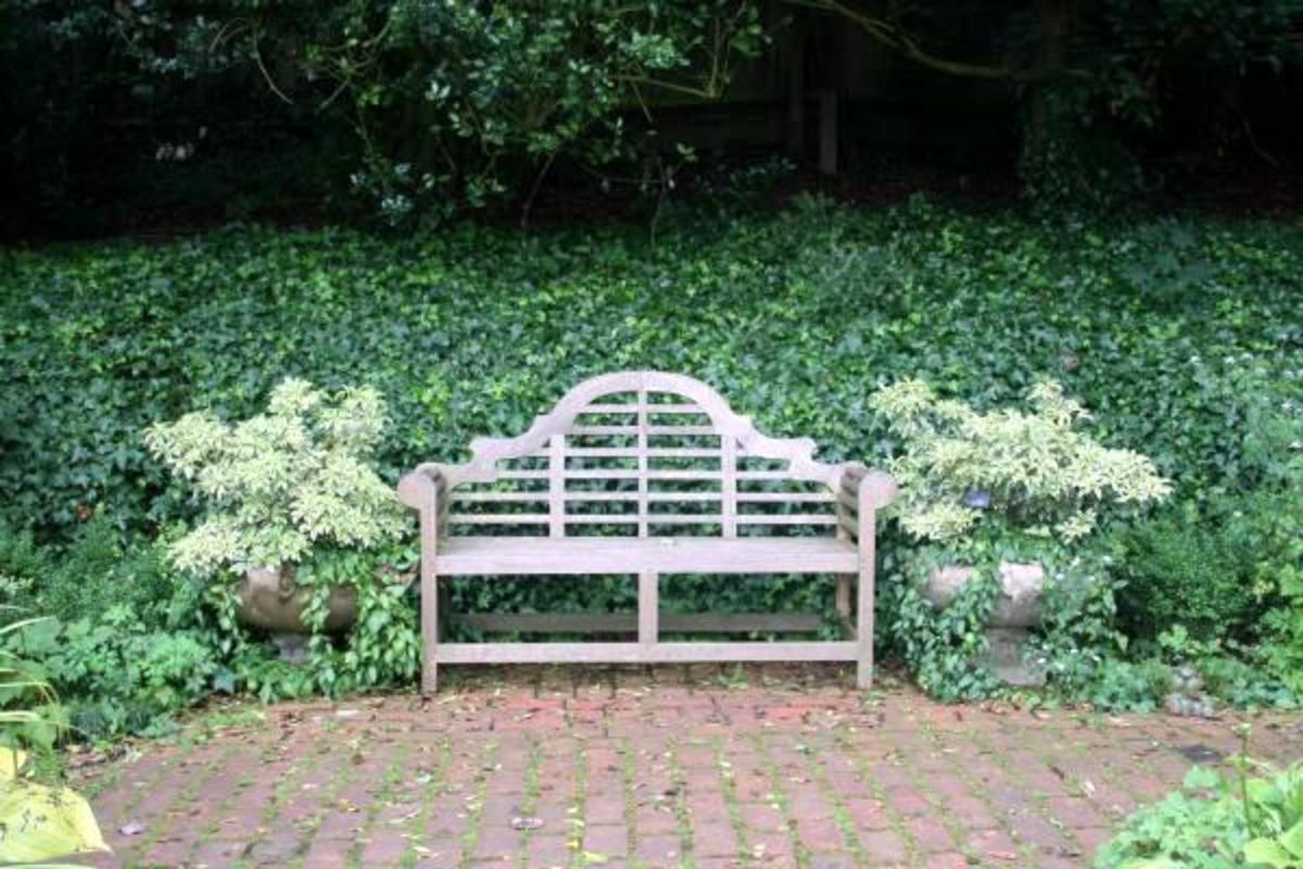 Lutyens style bench
