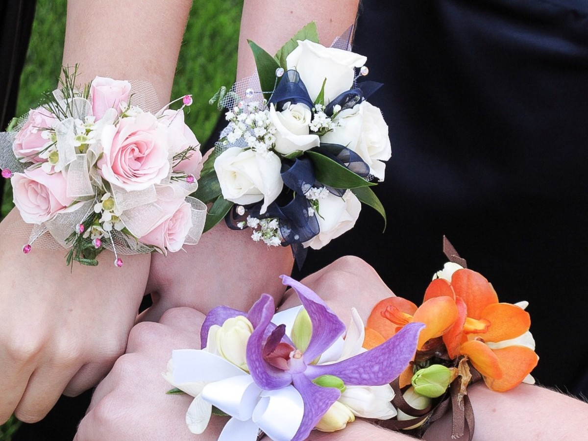 Beautiful wrist corsages for graduation or a prom