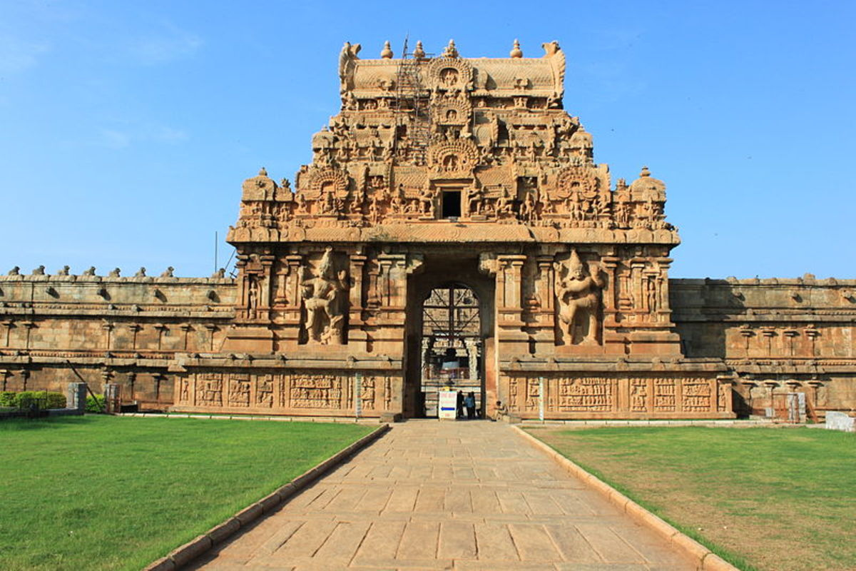 Brihadeeswarar Temple, Thanjavur, South India.