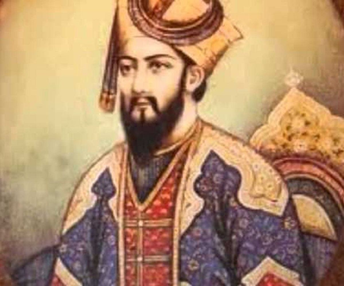 Sultan Iltitmish took an extraordinary decision by nominating his daughter Razia as the next sultan despite having multiple sons.