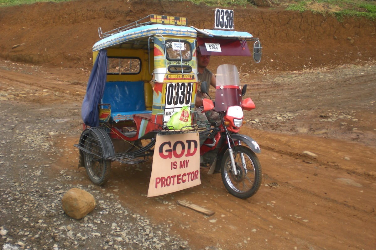 Tricycle taxis are built-up from a motorcycle.