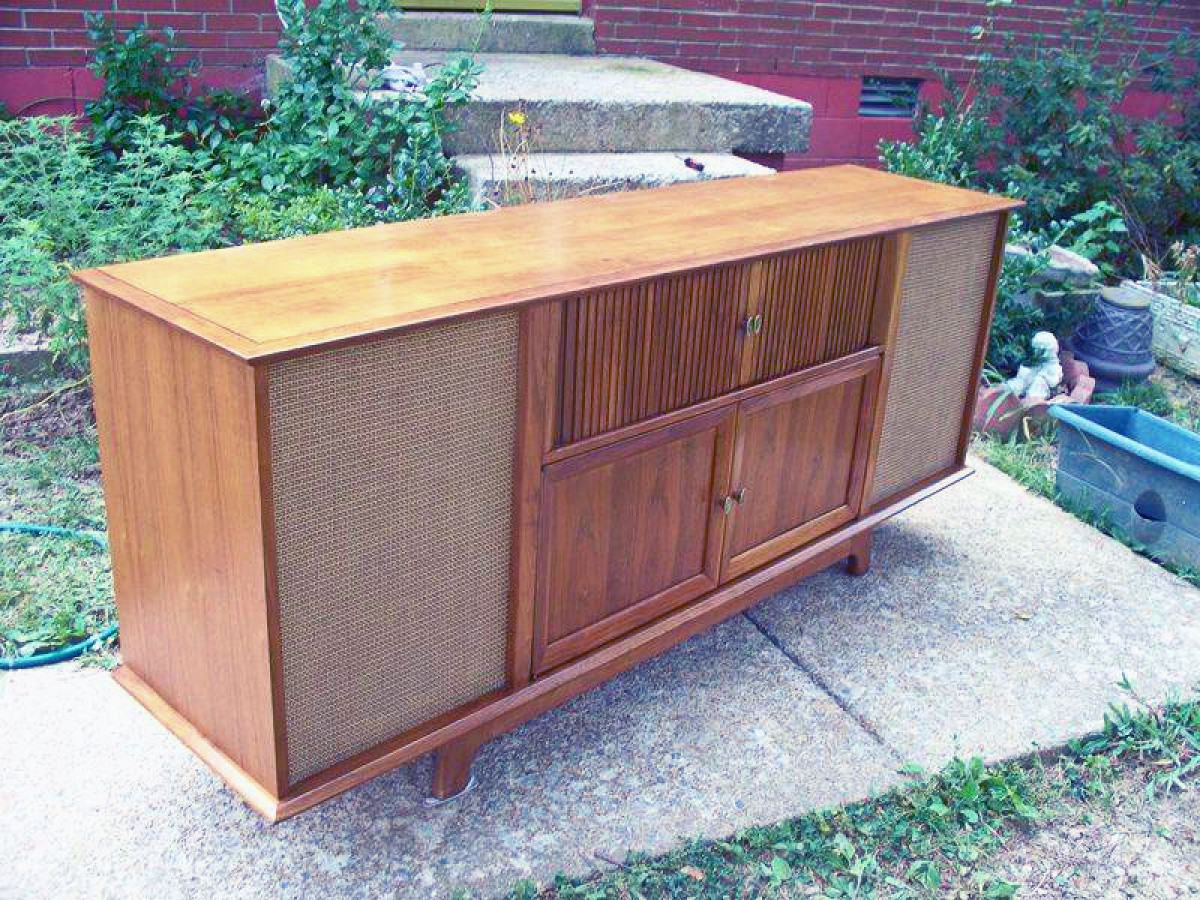 curtis-mathes-made-in-texas-turntables-radios-televisions-and-stereos