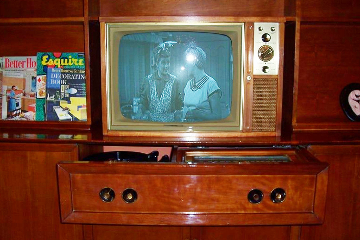 """I think Lucy is very happy with this television.... Great job """"modernman"""".. what an awesome room, very nice retro design, just stunning. Very beautiful and stylish."""