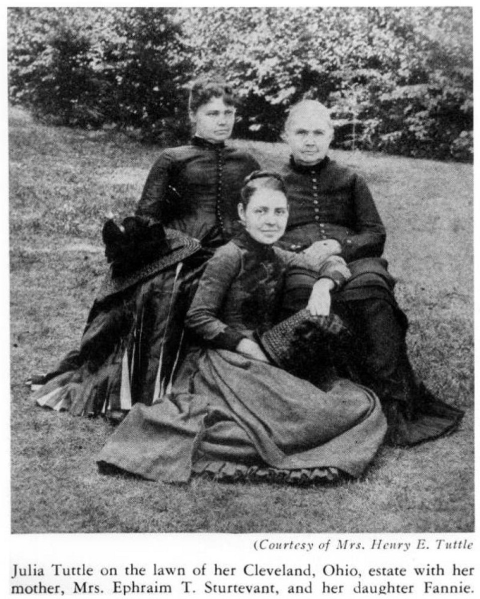 Julia Tuttle, her mother, and daughter
