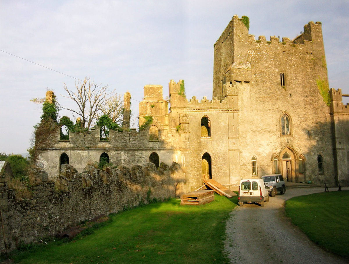 Leap Castle Hauntings and History