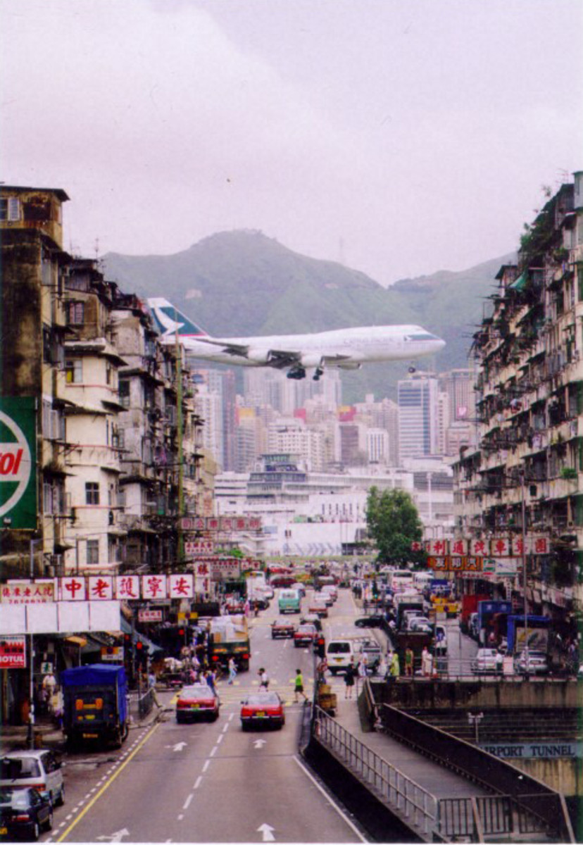 A Cathay Pacific 747 on its final approach to Kai Tak Airport.