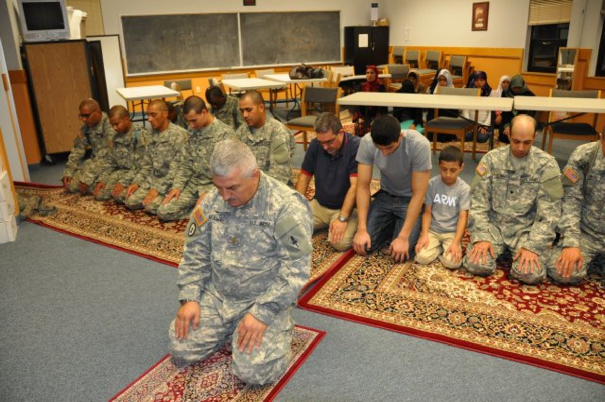 Muslims in the United States Armed Forces: Divided Loyalities