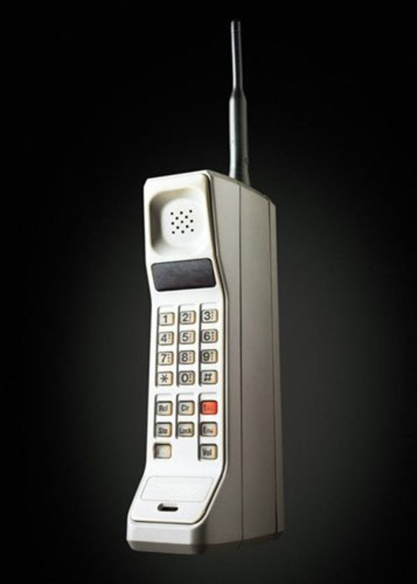 1G (First Generation) Phone