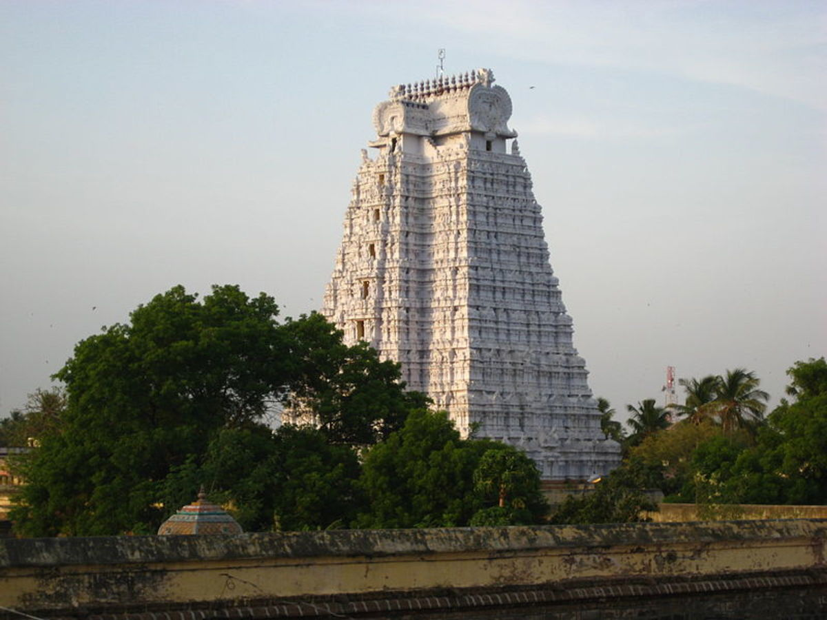 The white Gopuram in Srirangam temple