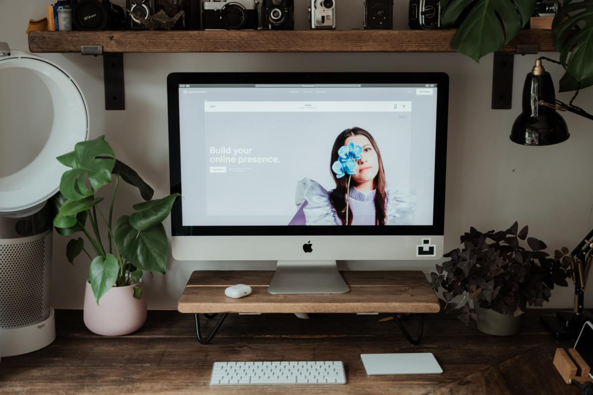 Squarespace is one of the oldest, easy-to-use professional website builders.