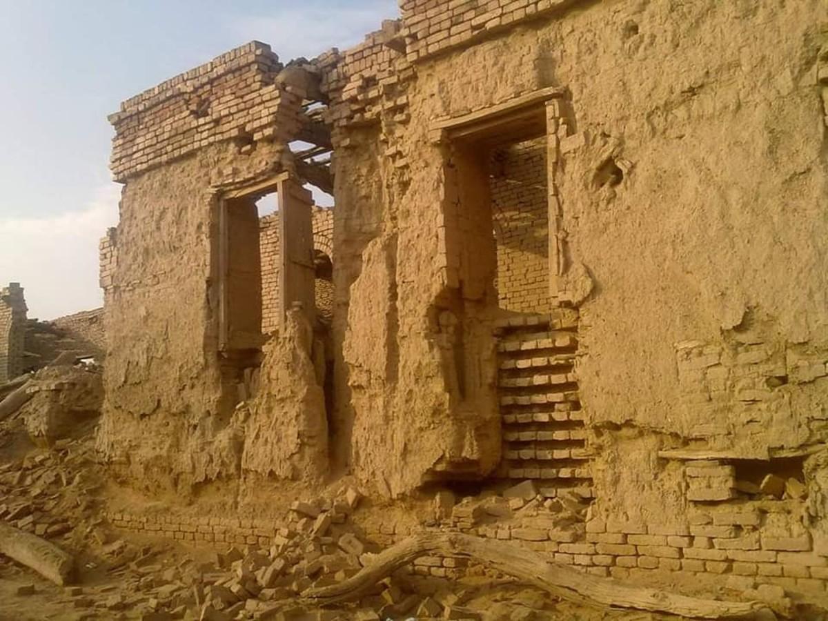 Remnants of Derawar Fort