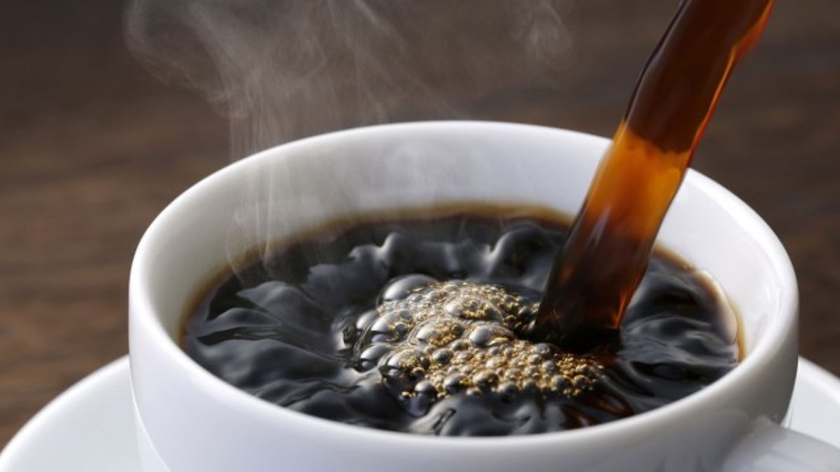 this is less than a caffeine pill; but in most situations, two hundred milligrams is too much and can cause anxiousness and lightheadedness if not staying properly hydrated. Cons of Coffee as Caffeine Source: May not be as effective for some as caffe
