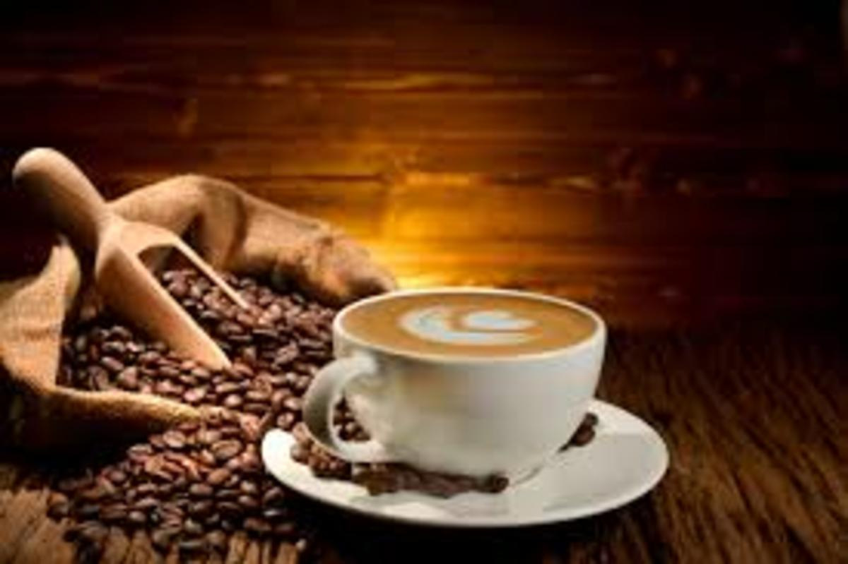 About 31,000 people die every year from cirrhosis of the liver. Studies show that drinking coffee can reduce your risk of cirrhosis, especially when the damage comes from alcohol. Drinking four or more cups a day can reduce your risk of alcoholic cir