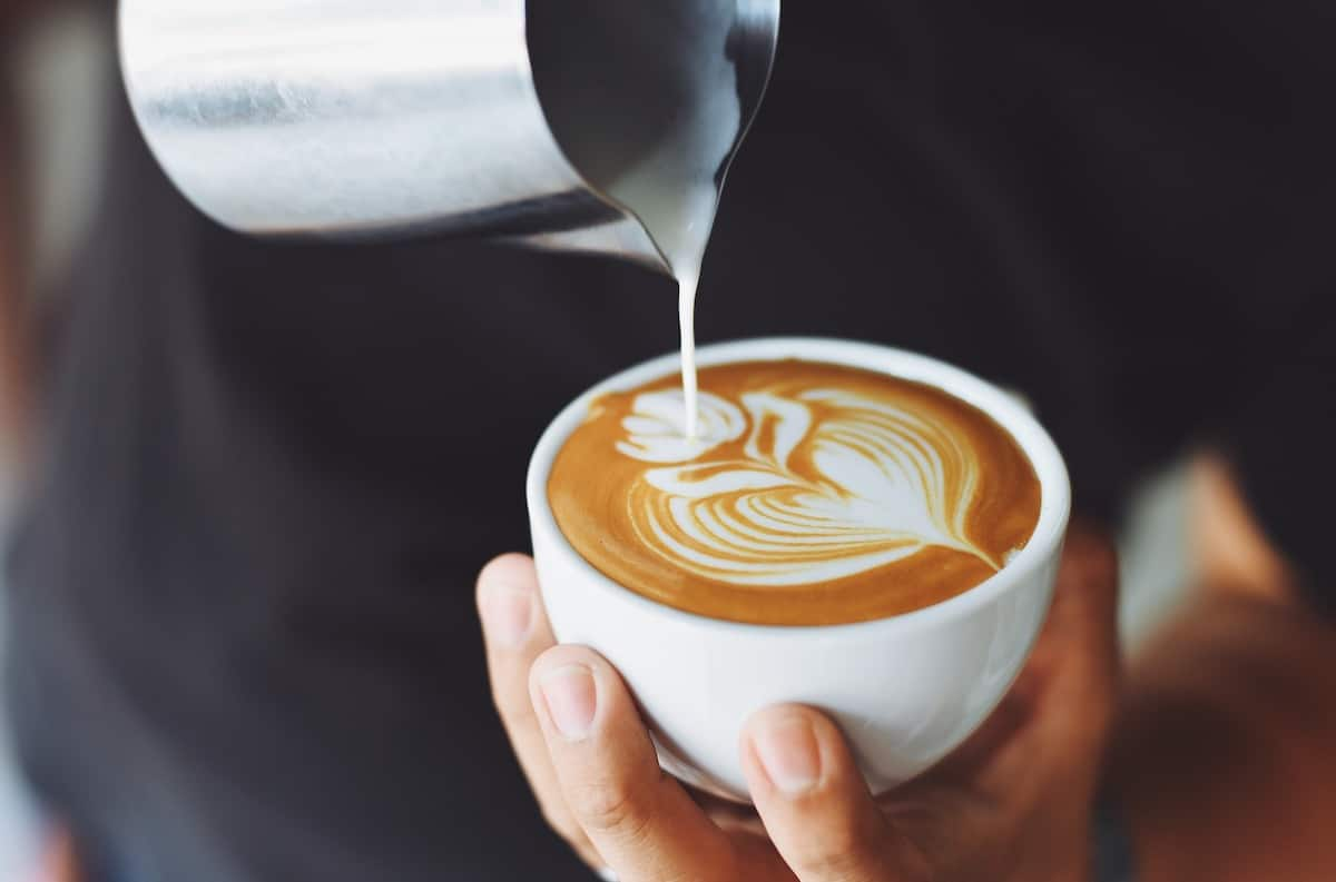 Many people see milk and coffee as inseparable: lattes, cappuccinos, flat whites, and cafe con leche are classic milk and coffee drinks that so many coffee drinkers cherish.