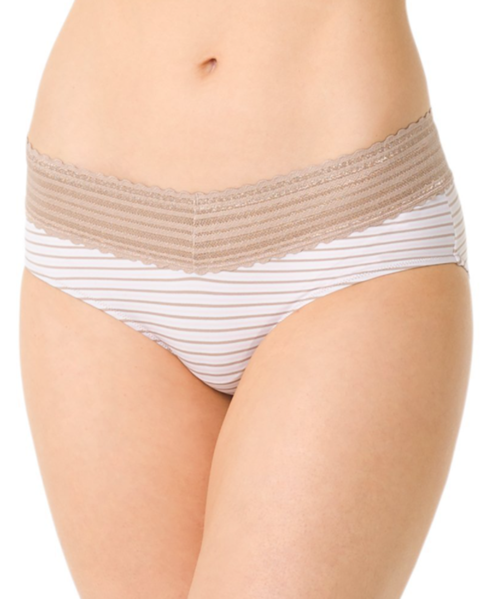 Hipster panties (viewed from the front).
