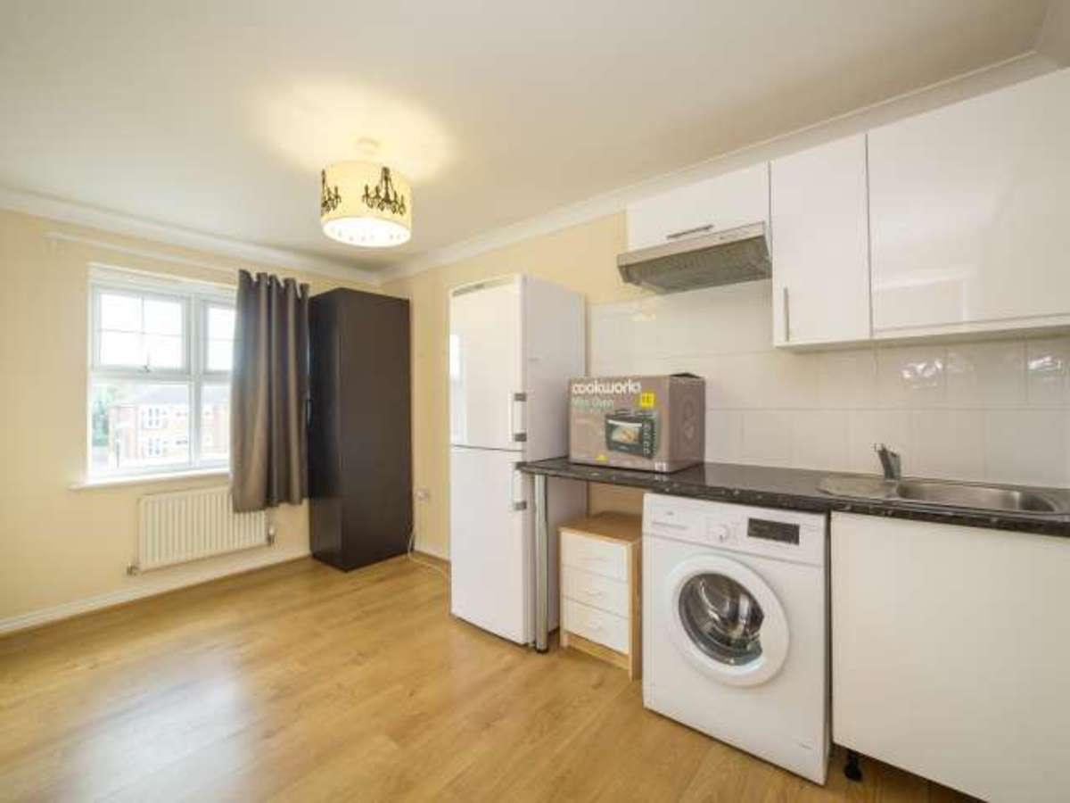 how-to-rent-a-flat-in-london-without-any-reference