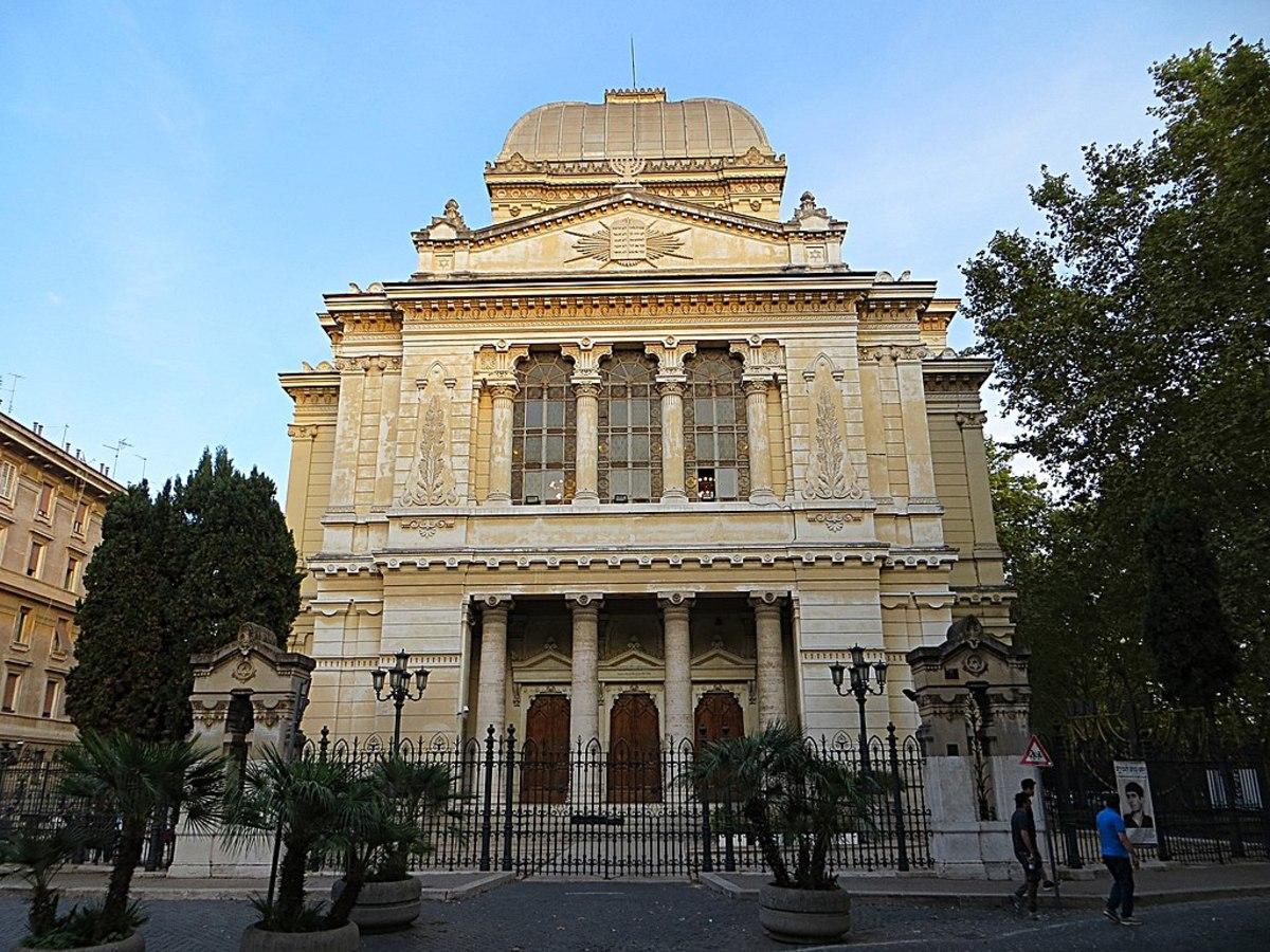 Tempio Maggiore (The Great Synagogue of the Jewish ghetto)