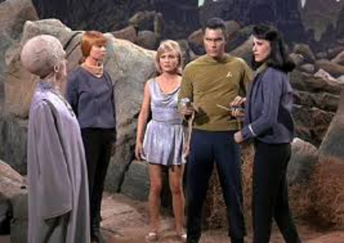 "Christopher Pike (Jeffrey Hunter) confronts the Talosians in the pilot episode ""The Cage"", which started Star Trek off on its famed five year mission to ecplore strange new worlds."