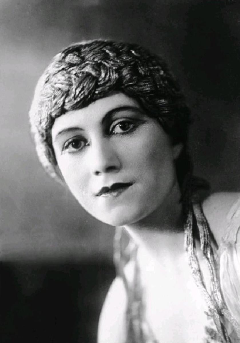 Olga, Wife #1