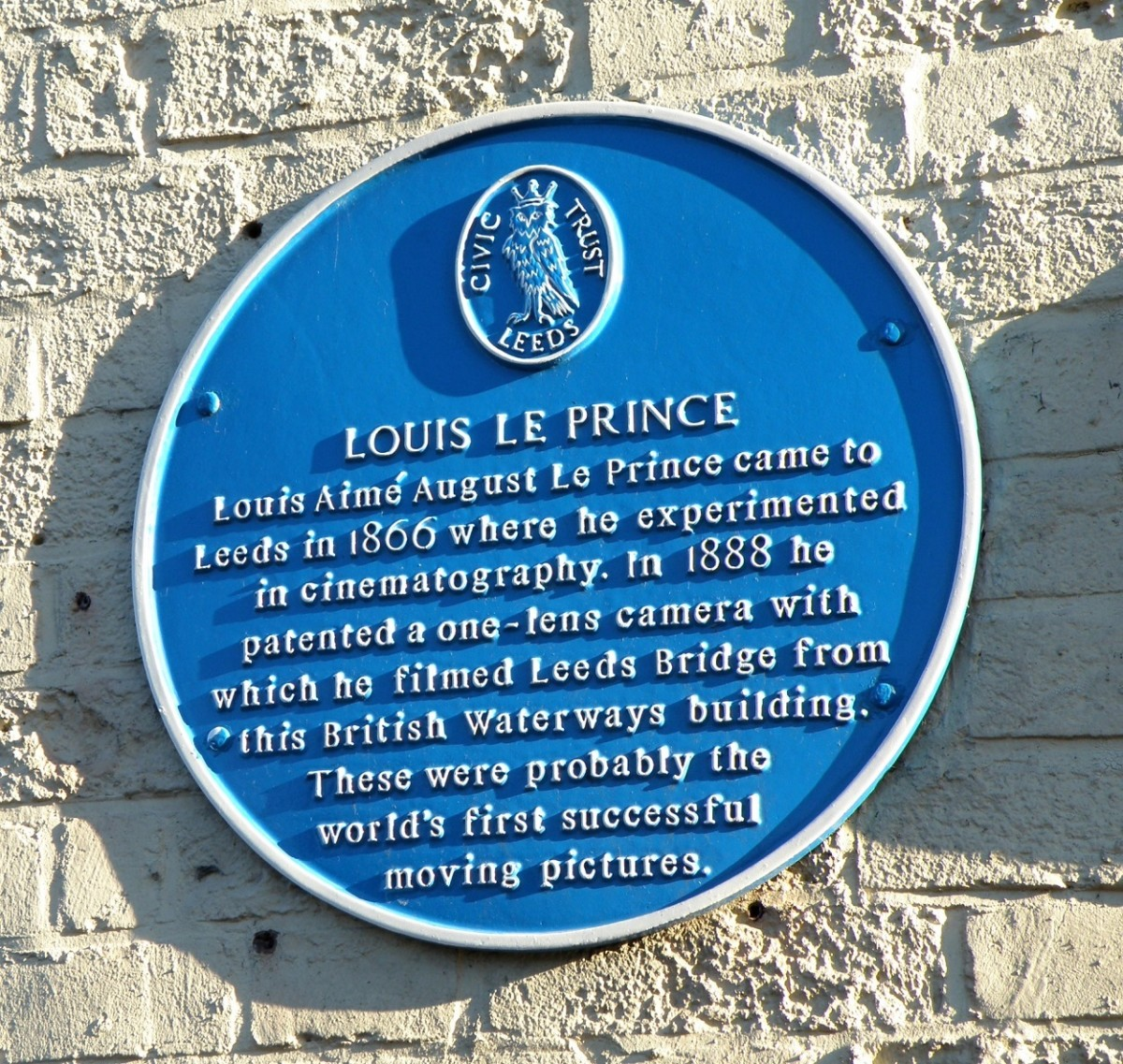Plaque dedicated to Louis Le Prince. Located in Leeds, England