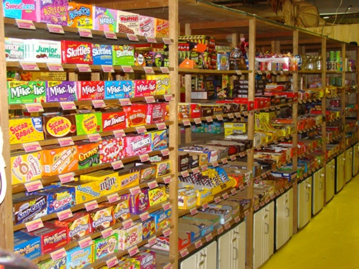 Hollywood Candy Store in Fairmont, Omaha