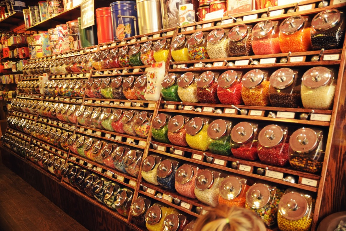 candy-stores-are-fun