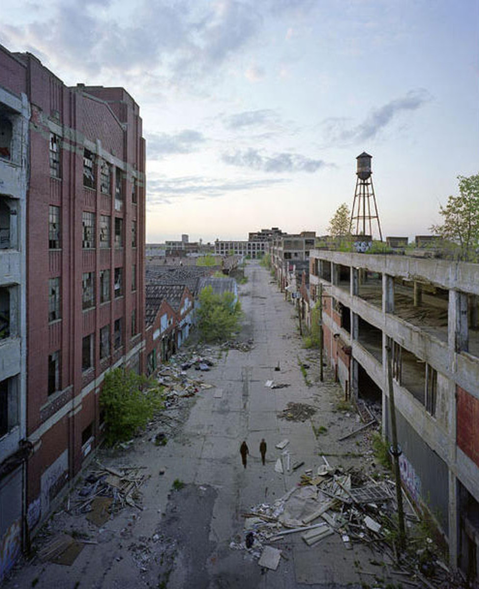the-ghost-townthe-downfall-of-motor-town