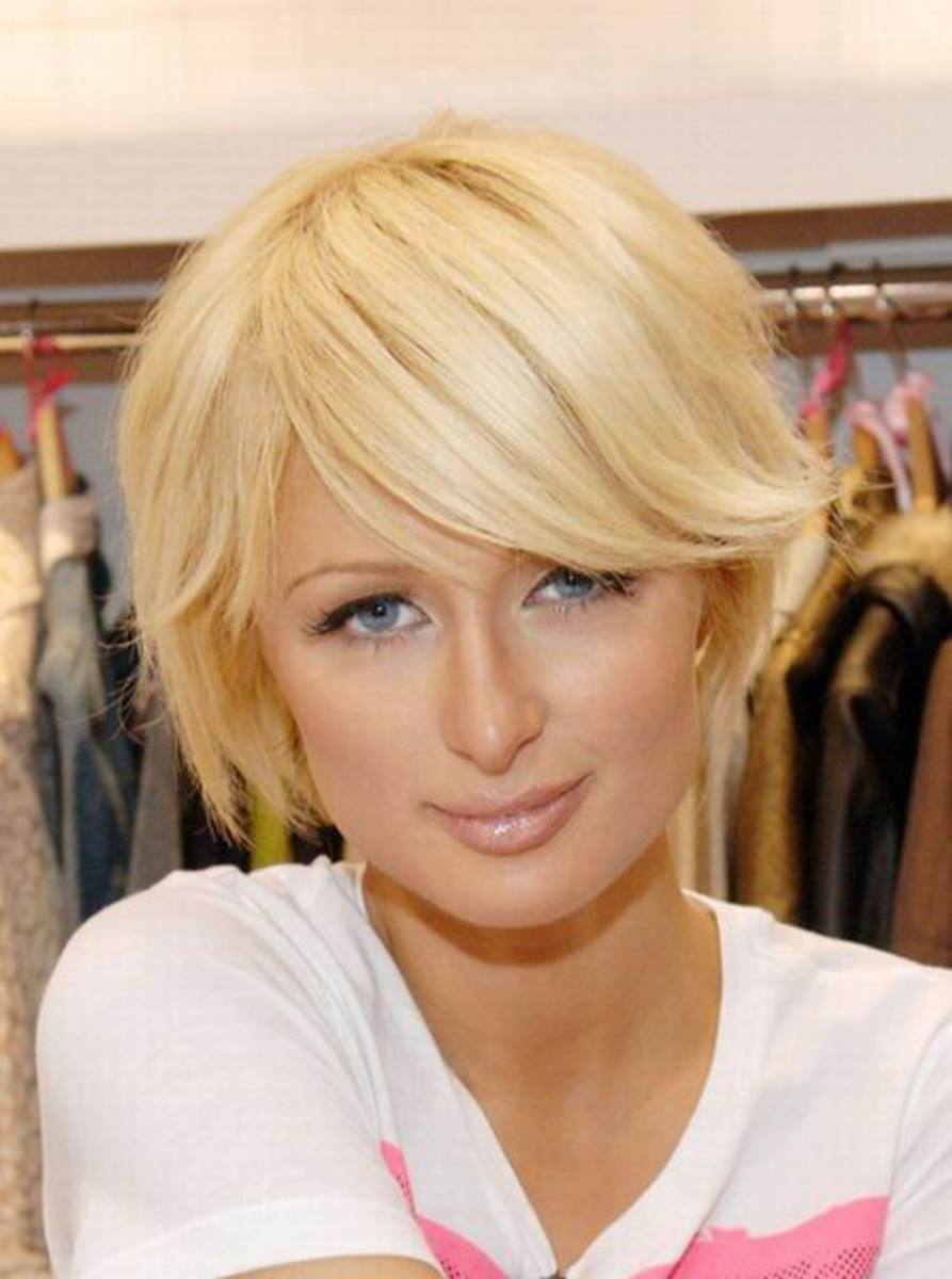Fun look style Paris Hilton cute short hairstyle