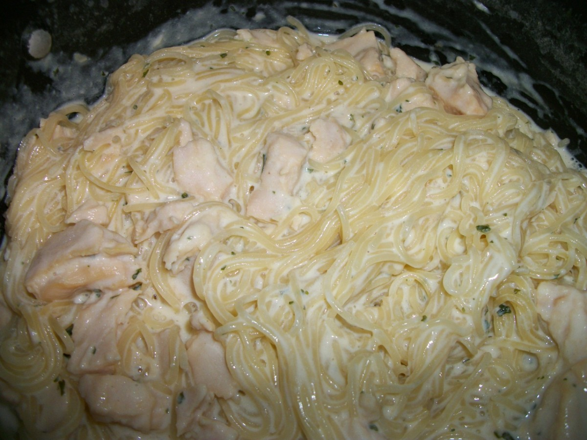 Pasta Roni with white meat chicken added