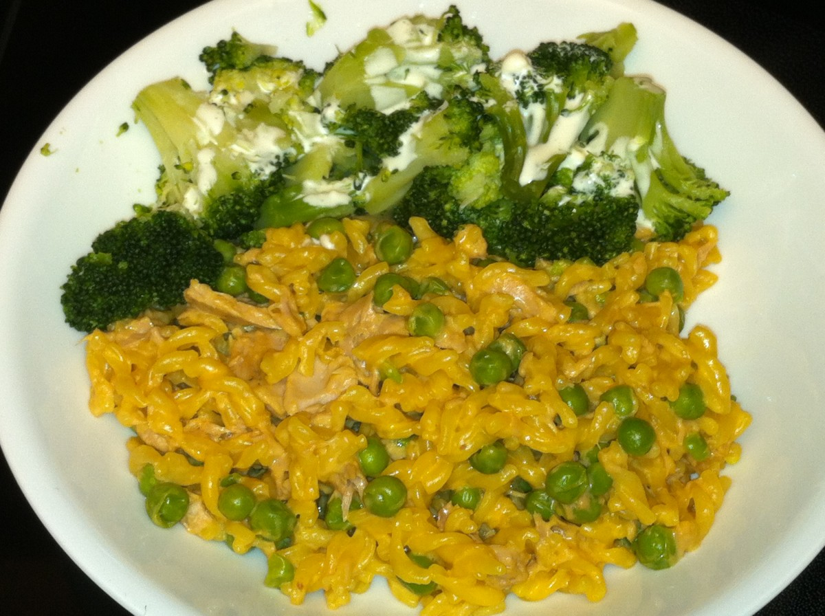 Tuna, Peas, Mac and Cheese- A long-time favorite at my house.  Served with broccoli.
