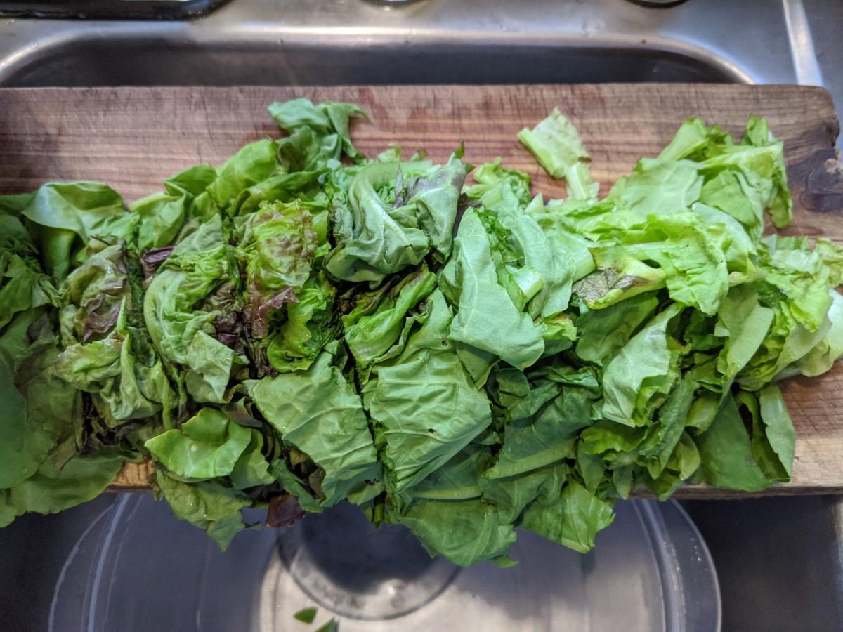 Rough cut lettuce