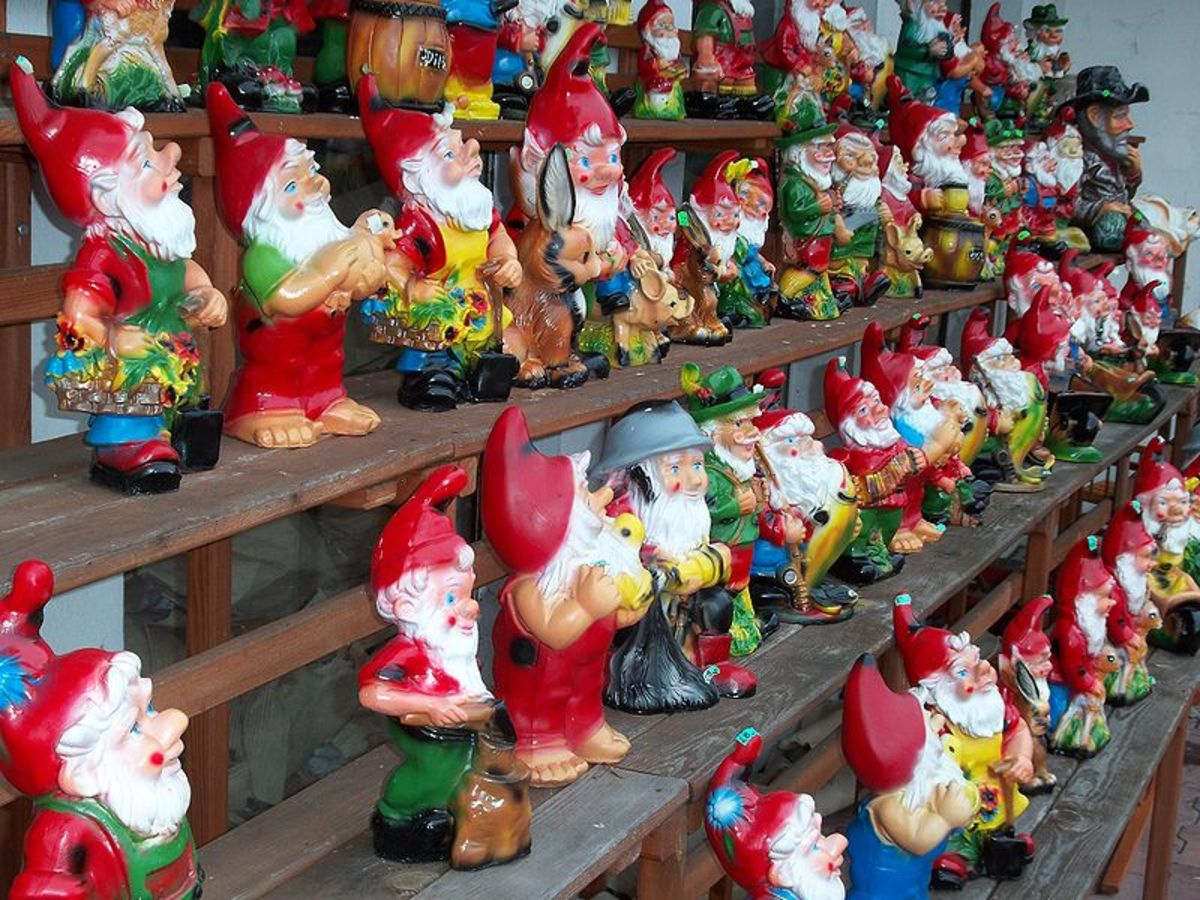 A whole bunch of gnomes just waiting for someone to buy them and take them home... to toil in the garden...