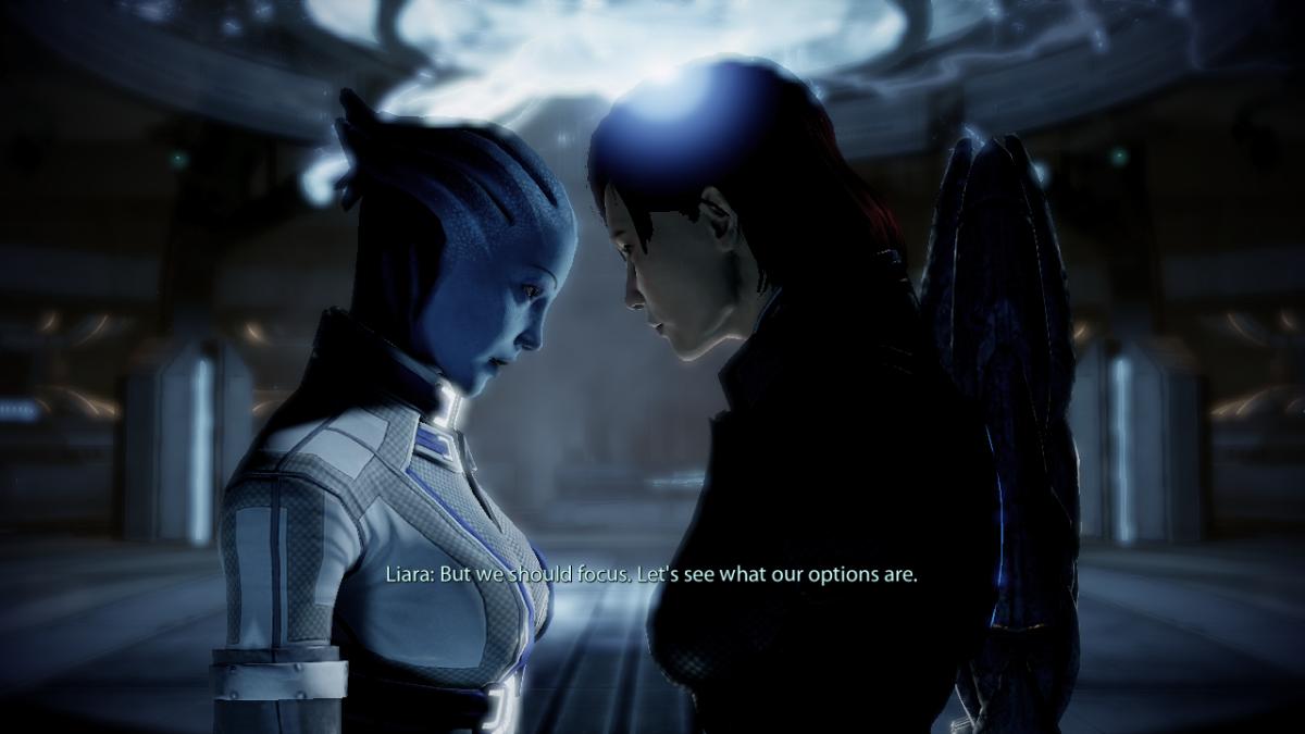 "My screentshots of default female Shepard kissing Liara in ""Mass Effect 2."""