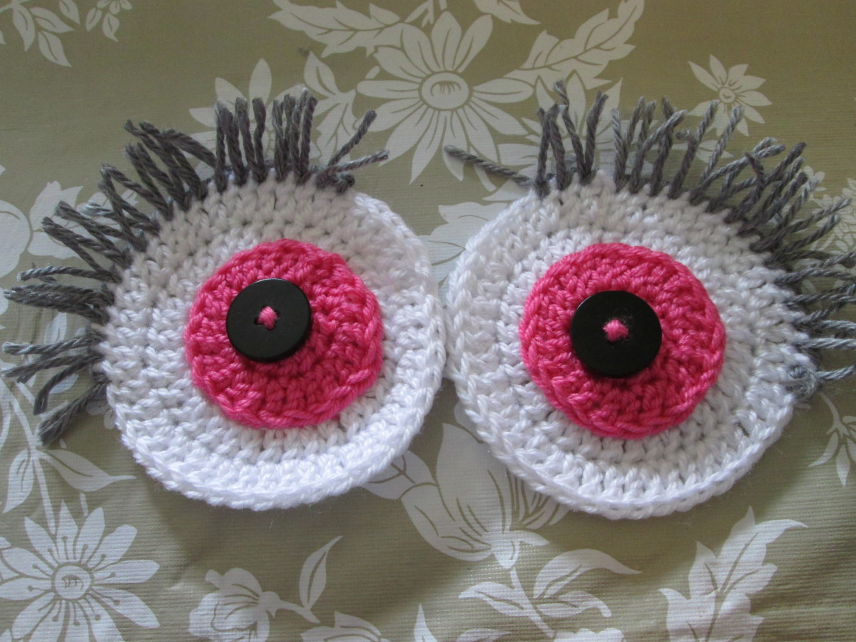 Crocheted Eyelashes using Loop Stitch
