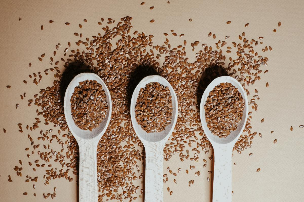 Whether purchased whole or ground, add flax seed to a smoothie for a fiber boost.