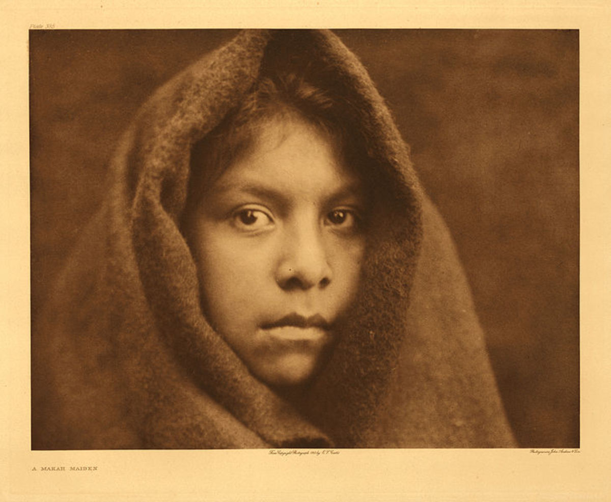A young Makah woman in 1916.