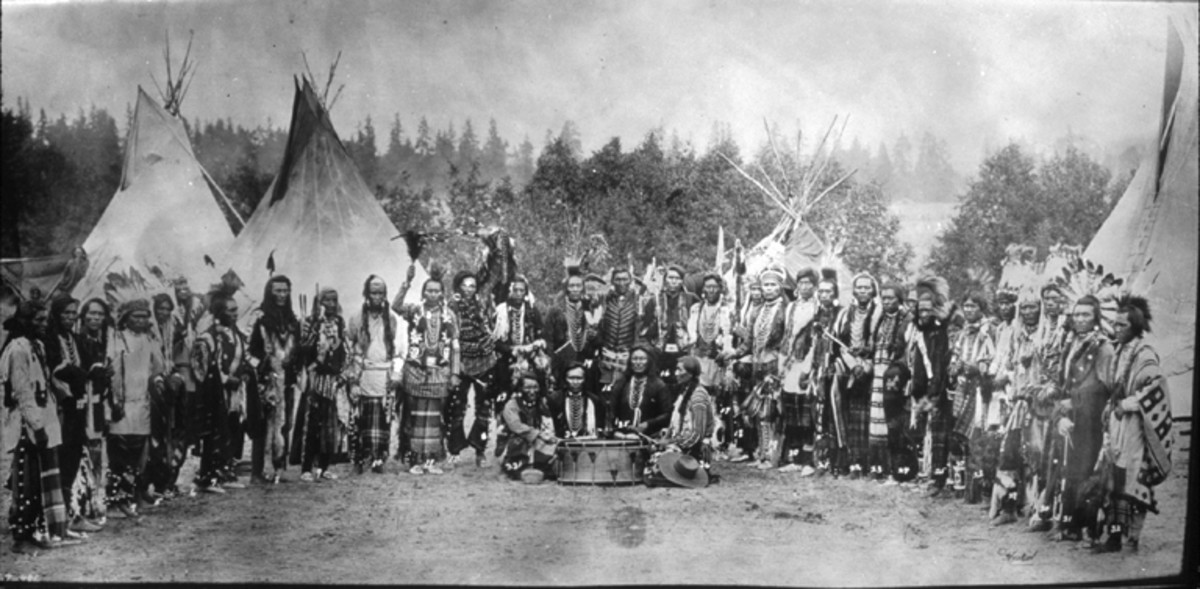 Salish men in Washington.