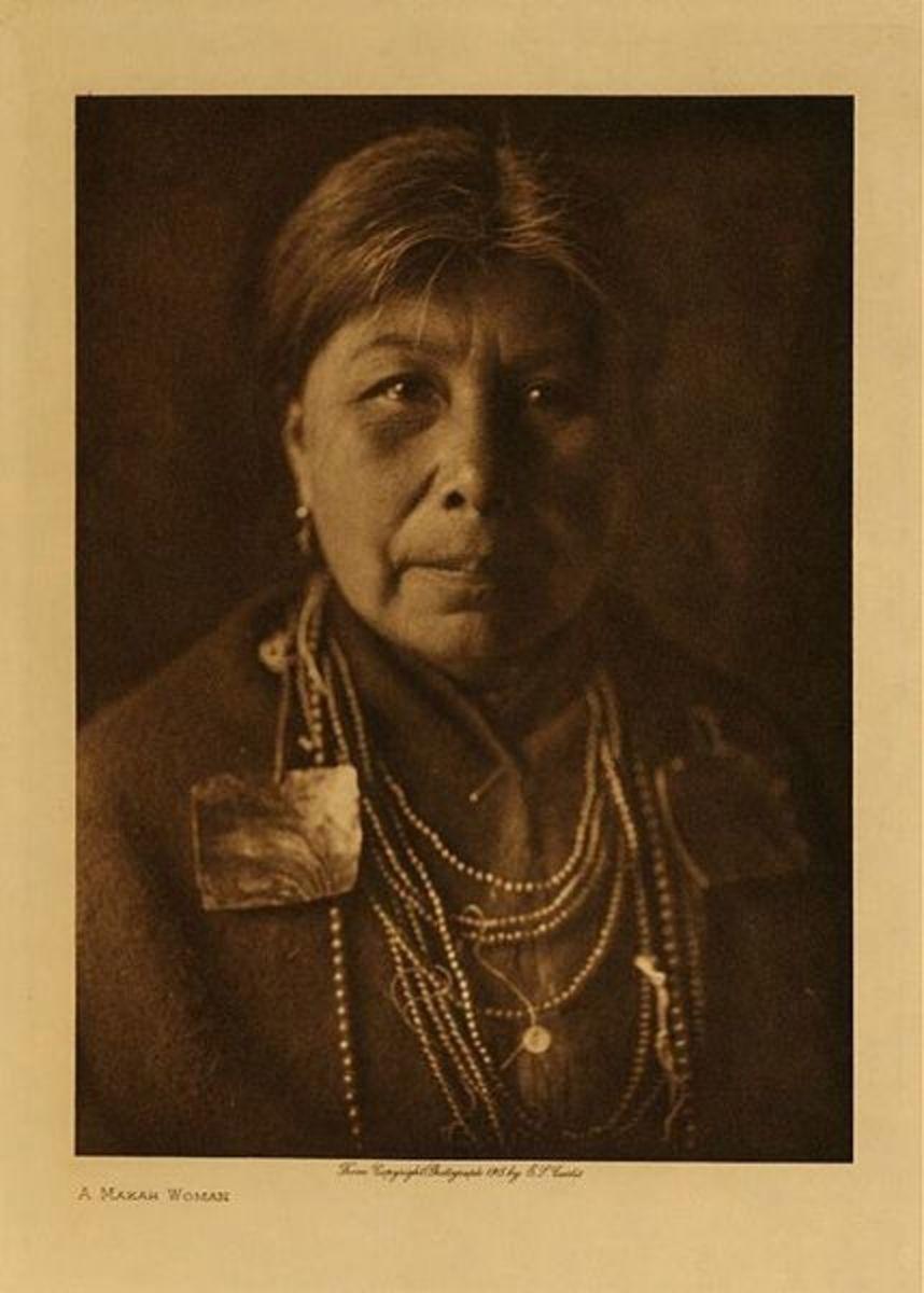 A Makah woman in 1900.