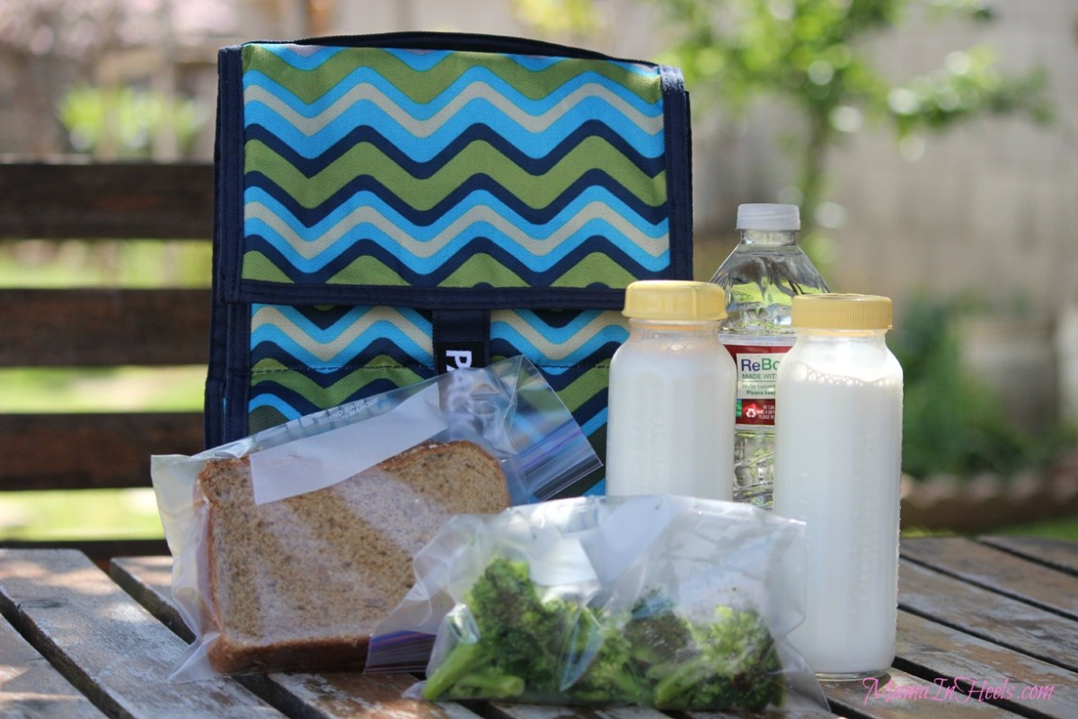 As seen on the Martha Stewart show and featured in Good Housekeping magazine, it's no wonder this PackIt cooler won the Mom's Choice Award and is the most popular choice for insulated bags all across the country.